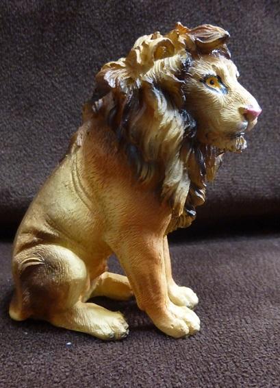 lion100_01a.jpg